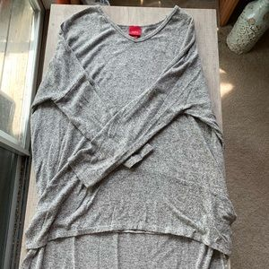 Size XL Grey High-Low Sweater